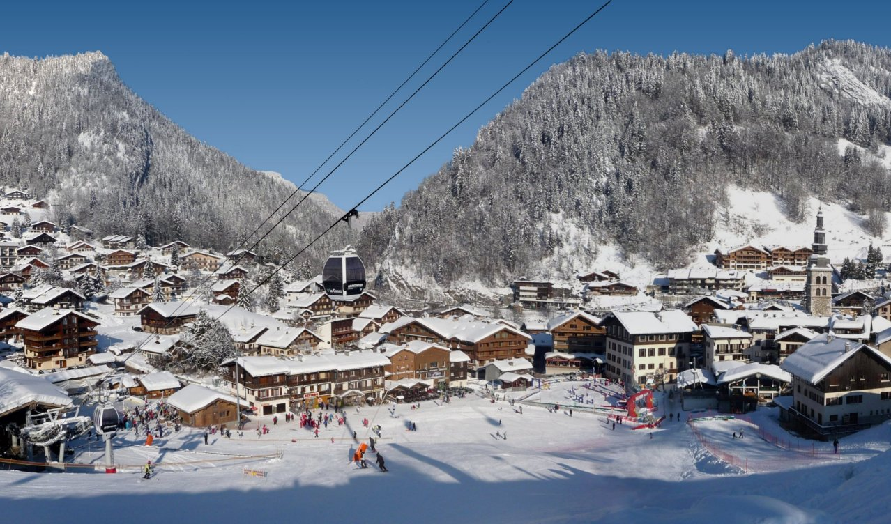 Peak Transfer La Clusaz and Le Grand Bornand Winter Ski Guide