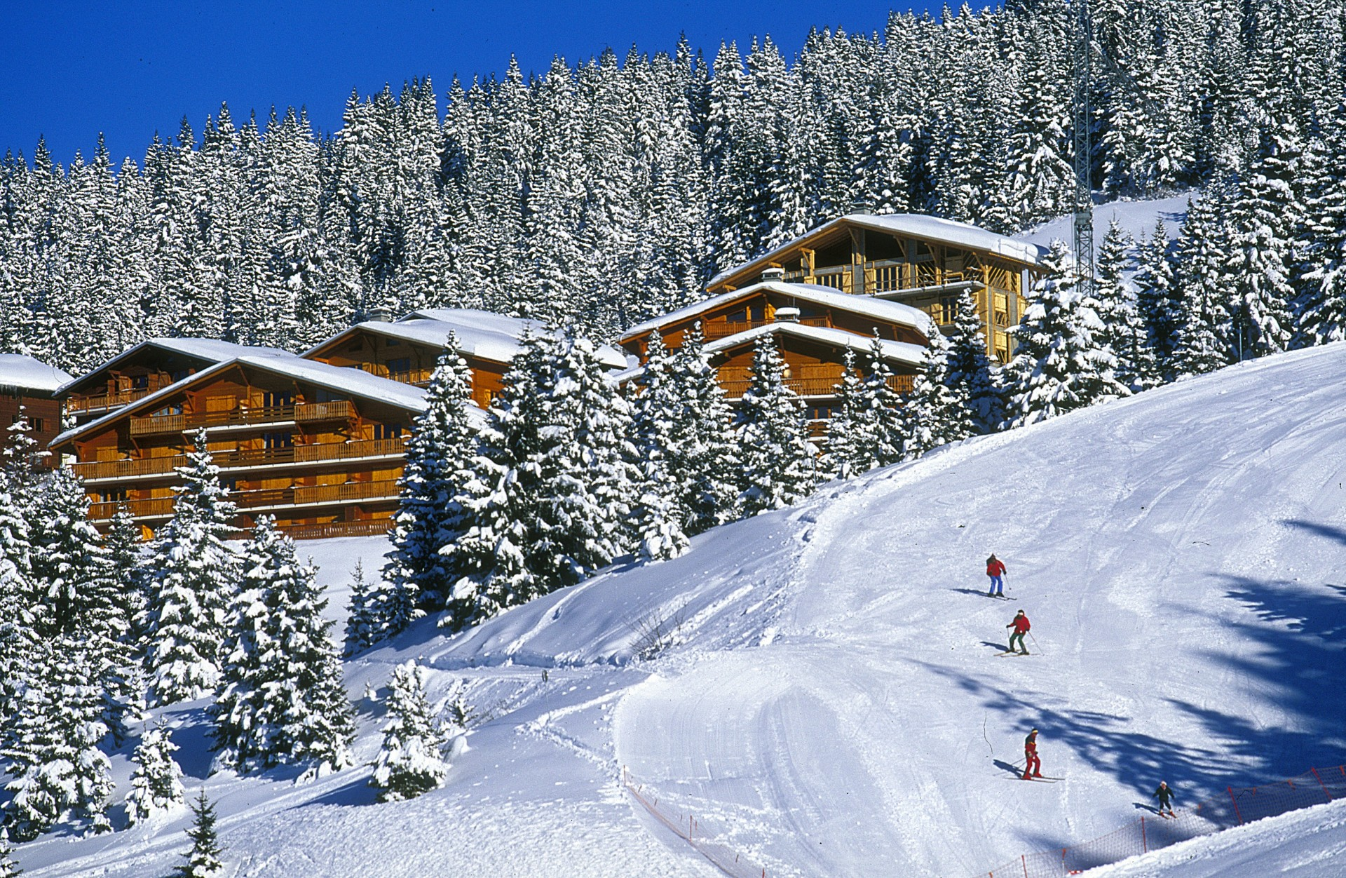 Magnificent ski in ski out winter fun in Les Saisies
