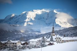 Ski Combloux by Mont Blanc with Peak Transfer this Winter